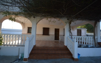 Villa - Location - Hondon de las Nieves - Urbanizaciones